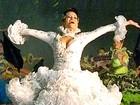 'Noiva' faz lipo e gasta R$ 2,5 mil em vestido para dançar quadrilha no CE