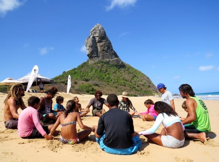 Escolinha de Surfe Noronha 2