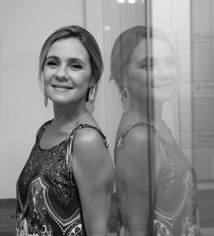 Adriana Esteves comemora a boa fase do cinema nacional (Foto: Carol Caminha/Gshow)