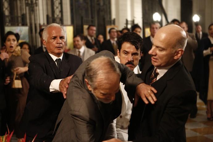 Ernesto foi preso porque deu um soco em um dos jurados do concurso (Foto: Inacio Moraes / Gshow)