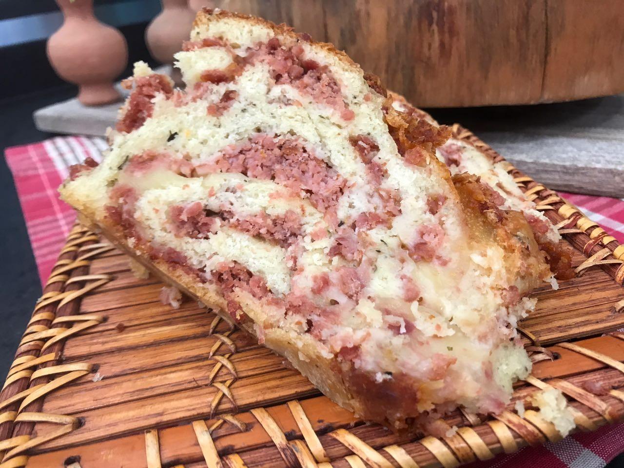 Pão de Linguiça do Chef Roberto Ravioli