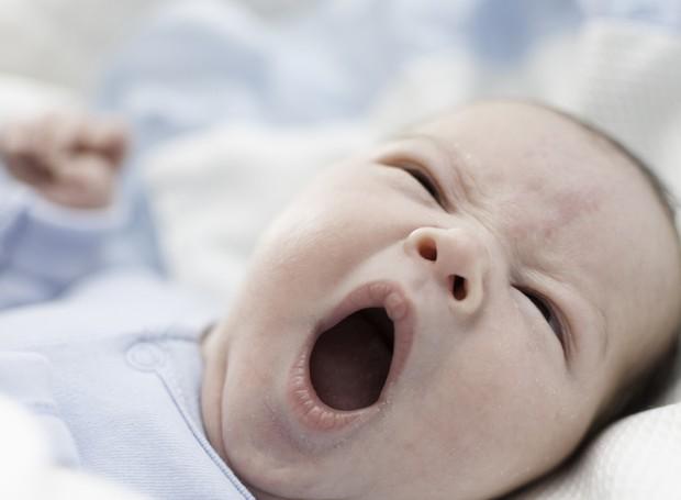 Ideal é que a criança durma antes das 21h (Foto: Thinkstock)