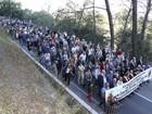 Centenas protestam na França contra acolhida a refugiados