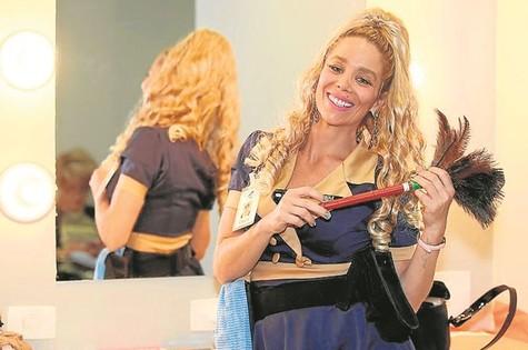 "Danielle Winits em ""#PartiuShopping"" (Foto: Edu Viana)"