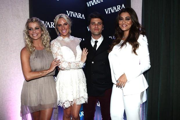 Karina Bacchi, Giovanna Ewbank, Bruno Gagliasso e Juliana Paes (Foto: Iwi Onodera / EGO)