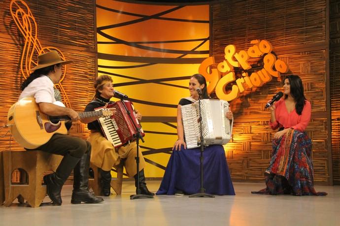 Berenice Azambuja Paloma Trevisan Galpão Crioulo (Foto: Maicon Hinrichsen/RBS TV)