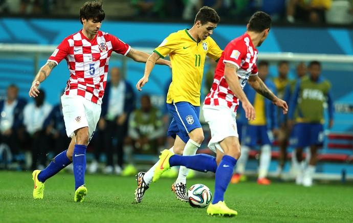 Oscar jogo Brasil x Croácia Copa do Mundo (Foto: Marcos Ribolli / Globoesporte.com)