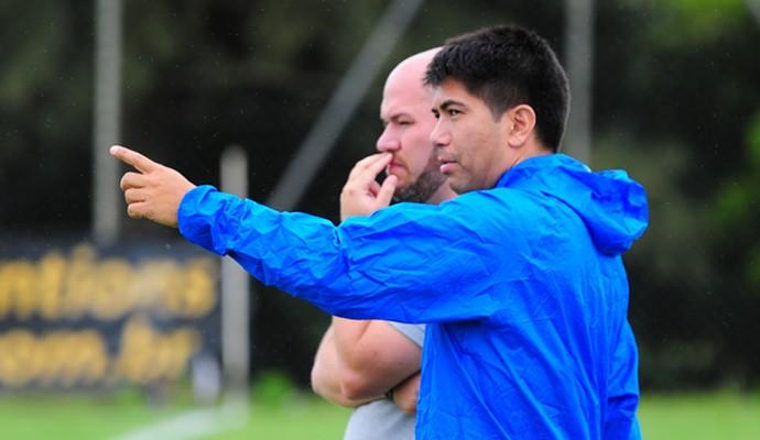 Sandro Hiroshi diretor Rio Branco-SP (Foto: Sanderson Barbarini / Foco no Esporte)