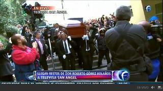 Corpo de Roberto Bolaños (Foto: Reprodução/Televisa)