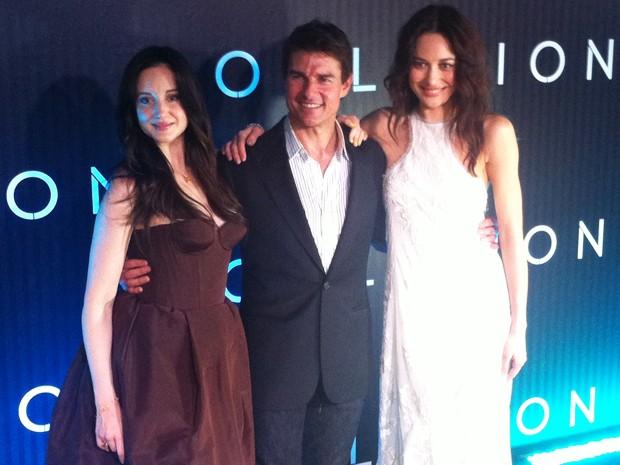 Tom Cruise veio ao Rio acompanhado das atrizes Olga Kurylenko e Andrea Riseborough, que também estão no elenco de 'Oblivion' (Foto: Gabriel Barreira / G1)