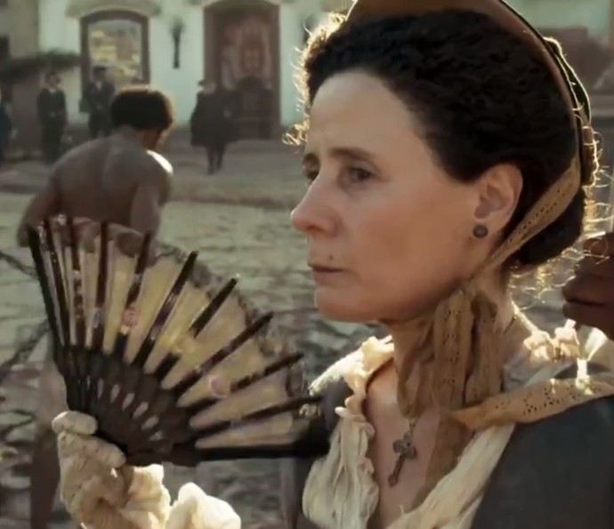 Rita Clemente no papel de Brites, mãe de Xavier (Foto: TV Globo)