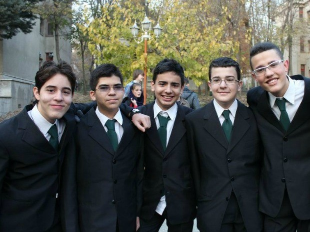 Equipe de brasileiros no Irã. Cearenses são medalha de ouro (Foto: Arquivo Pessoal)