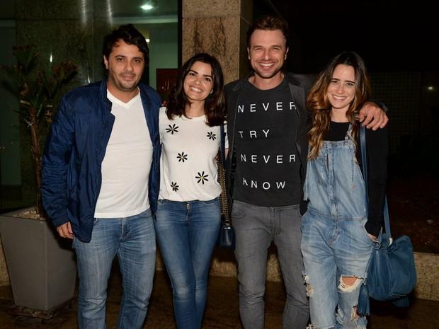Giuseppe Dioguardi, Vanessa Giácamo, Cássio Reis e Fernanda Vasconcellos em festa na Zona Oeste do Rio (Foto: Leo Marinho/ Brazil News)