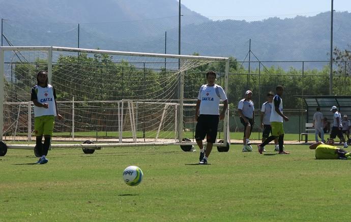 Adilson Batista treino Vasco (Foto: Raphael Zarko)