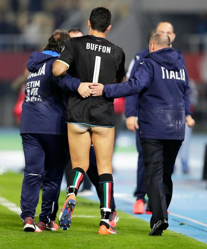 Buffon Macedônia x Itália