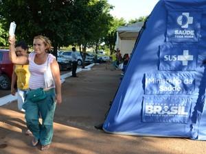 Mais da metade dos pacientes atendidos pelo hospital de campanha, em Brazlândia, estavam com dengue (Foto: Fábio Rodrigues Pozzebom/ABr)