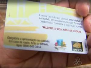 Estudantes de cursos técnicos tiveram cartão de passe bloqueado (Foto: Reprodução/Rede Amazônica Acre)