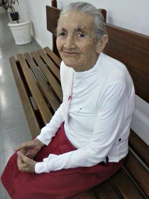 Tecina Augusta morreu na manhã de terça-feira (3) após ficar 20 dias internada esperando uma cirurgia na perna (Foto: Arquivo da Família)
