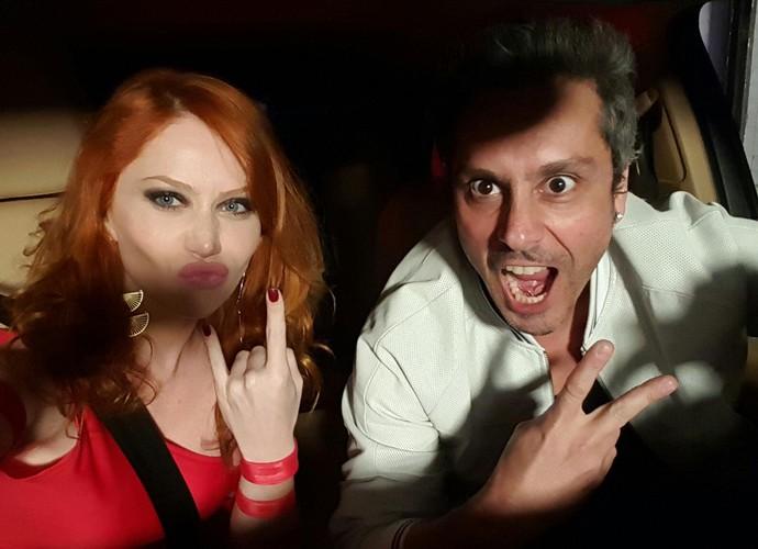 Gabriela Petry e Alexandre Nero durante gravação (Foto: Arquivo Pessoal)