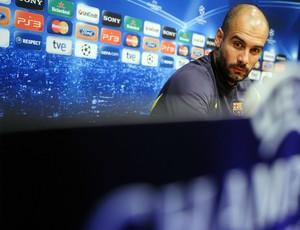 Josep Guardiola coletiva técnico Barcelona (Foto: AP)