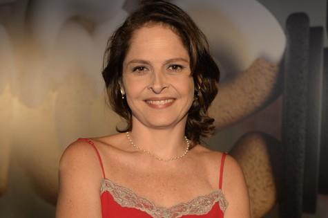 Drica Moraes está coltada para ser vilã às 21h (Foto: TV Globo)