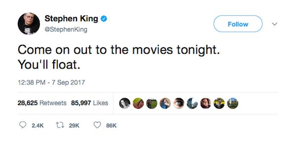 O escritor Stephen King convidando seus fãs a assistirem It: A Coisa nos cinemas (Foto: Twitter)