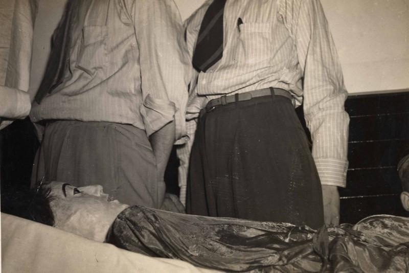 O corpo de elena em exposição (Foto: Florida Public Library )