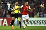 Santos segura empate contra o Santa Fe e mantém a ponta do grupo na Libertadores (Raul Arboleda/AFP)