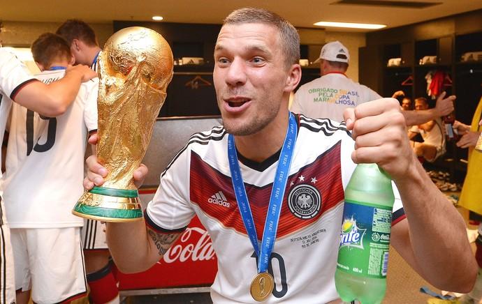Podolski comemoração vestiário Alemanha (Foto: Getty Images)