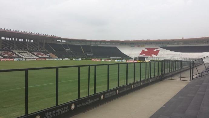 São Januário será palco do duelo entre Vasco e Santos  (Foto: Foto: (Thiago Lima / GloboEsporte.com))