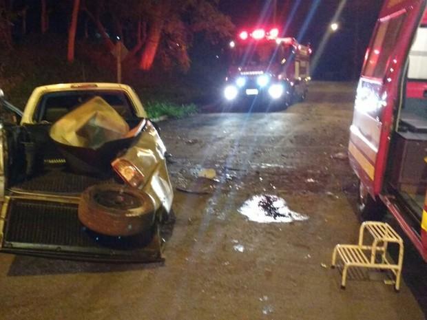 Apesar do estrago, jovens tiveram ferimentos leves (Foto: Arquivo Pessoal)