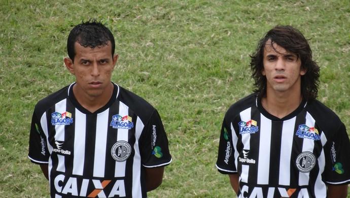 Didira e Caíque, meias do ASA (Foto: Leonardo Freire/GloboEsporte.com)