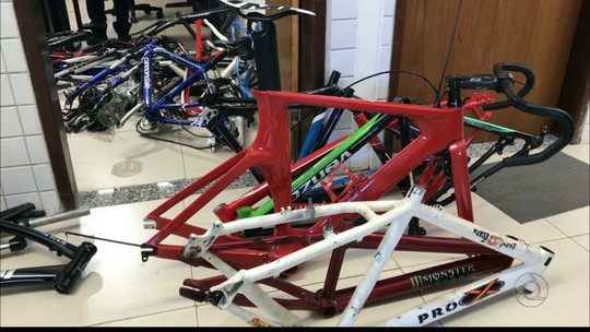 Dupla é detida na PB com 25 bicicletas roubadas que eram vendidas na web