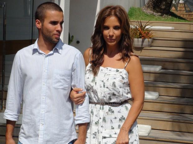 Ivete Sangala com o marido (Foto: Ruan Melo/G1)