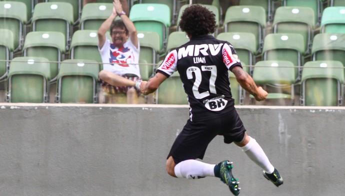 Luan comemora gol que abriu o placar no Independência (Foto: Bruno Cantini /Flickr do Atlético-MG)