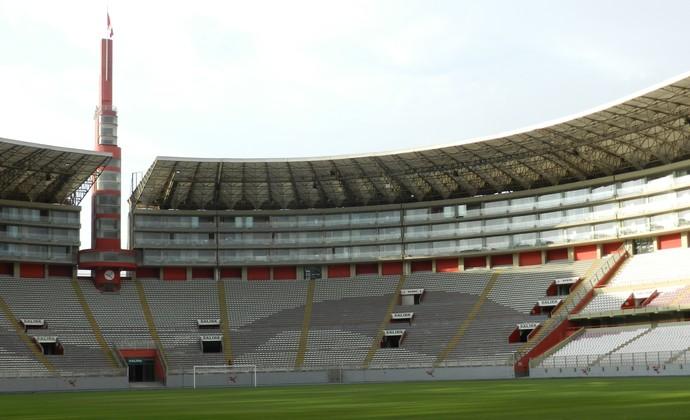 Estádio Nacional de Lima, Peru (Foto: Leonardo Lourenço)