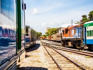 Trens e VLTs devem funcionar em horário especial durante feriado (Foto: Jonathan Lins/G1)