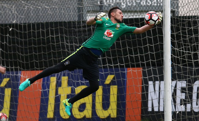 Diego Alves Treino Seleção Brasileira (Foto: Lucas Figueiredo / MoWA Press)