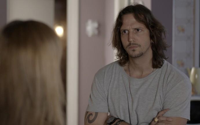 Gui questiona Marisa sobre Alex (Foto: TV Globo)