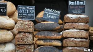 Bolos e pães têm componentes derivados de milho e soja transgênicos (Foto: Getty Images)