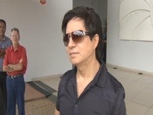 Xororó fala sobre a despedida do sogro no velório em Rio Preto  (Foto: Reprodução/ TV TEM)