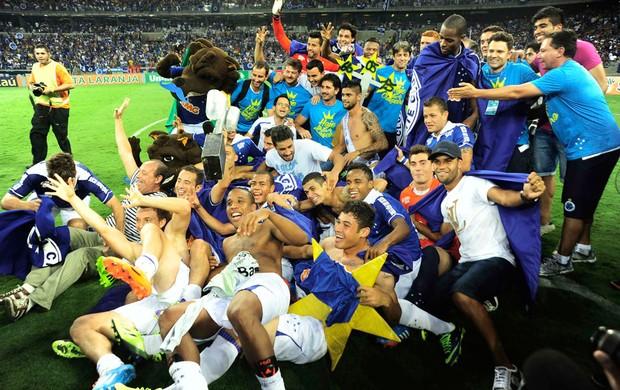 Comemoração Cruzeiro (Foto: Marcos Ribolli)