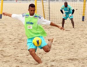 Bruno Xavier treino seleção brasileira de futebol de areia (Foto: Maurício Val)