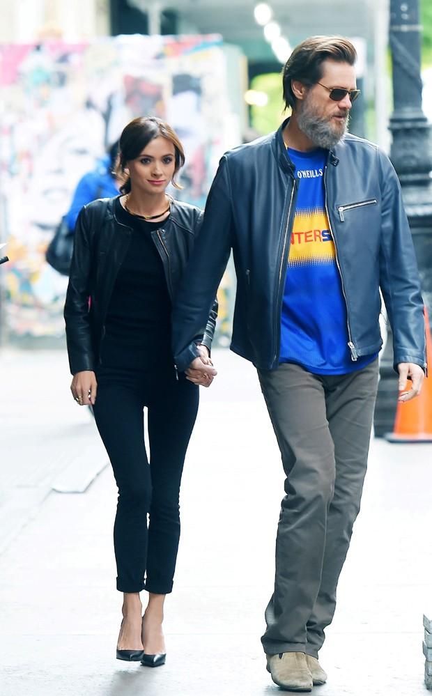 Jim Carrey e a sua namorada (Foto: AKM-GSI)