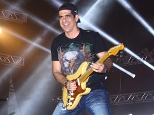Durval Lélys, vocalista do Asa de Águia, no Mineirão (Foto: Maurício Vieira/G1)