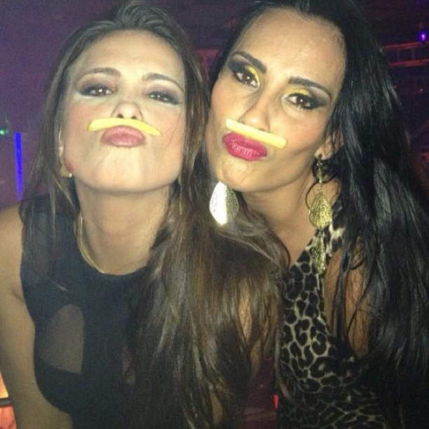 Kamilla e Kelly Medeiros (Foto: Reprodução/Instagram)