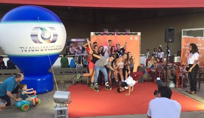 TV Anhanguera promove a nova temporada de Malhação, em Goiânia (Foto: TV Anhanguera) (Foto: TV Anhanguera)