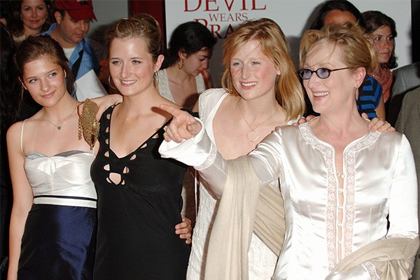 Louisa, Grace e Mamie Gummer e Meryl Streep (Foto: Getty Images)