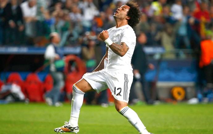 Marcelo comemora gol do Real Madrid contra o Atlético de Madrid (Foto: Agência Reuters)