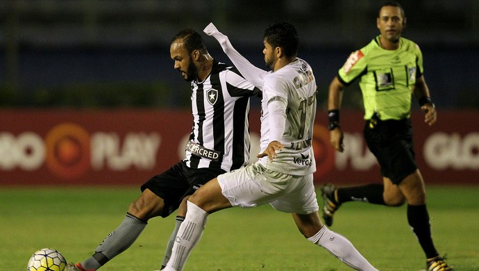 Bruno SIlva Botafogo Figueirense (Foto: Vitor Silva/Botafogo/SS Press)